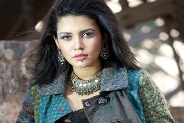 Arrest warrant issued against singer Mila