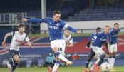 Everton edge nine-goal Tottenham thriller