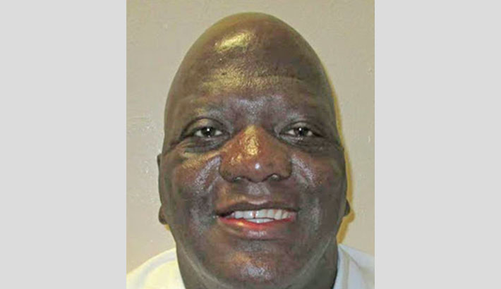 US inmate wins last-minute stay of execution after priest ruling