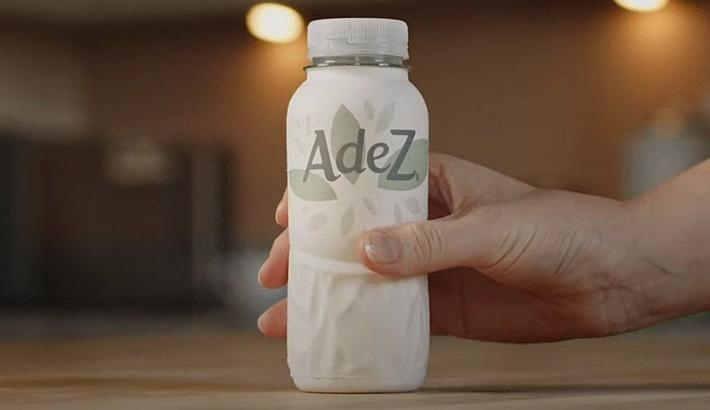 Coca-Cola company trials first paper bottleline