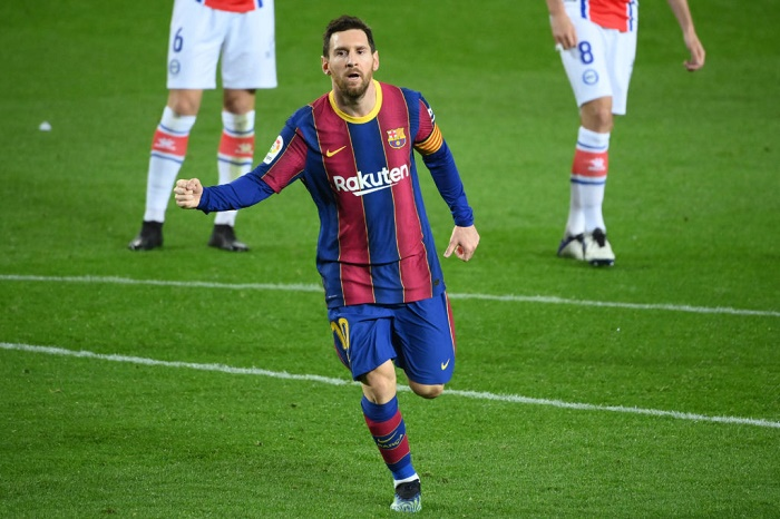 Lionel Messi leads Barca to thumping Alaves win ahead of PSG test
