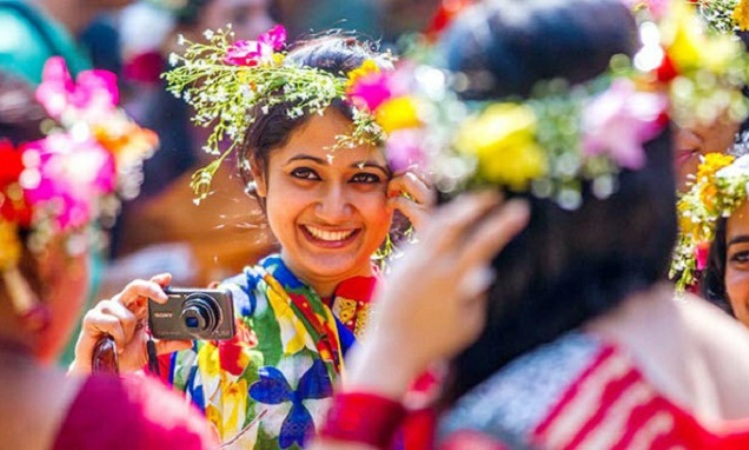 Pohela Falgun, Valentine's Day being celebrated