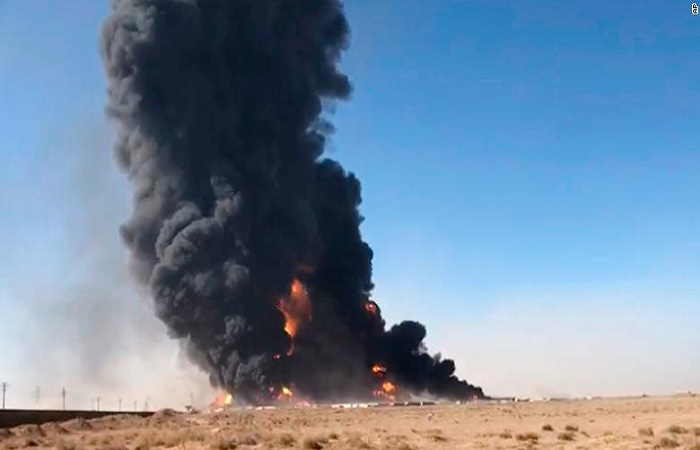 500 vehicles in flames after fuel tanker explodes on Afghanistan-Iran border