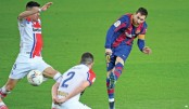Messi leads Barca to thumping Alaves win
