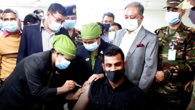 National cricketers, coaching staff get vaccinated