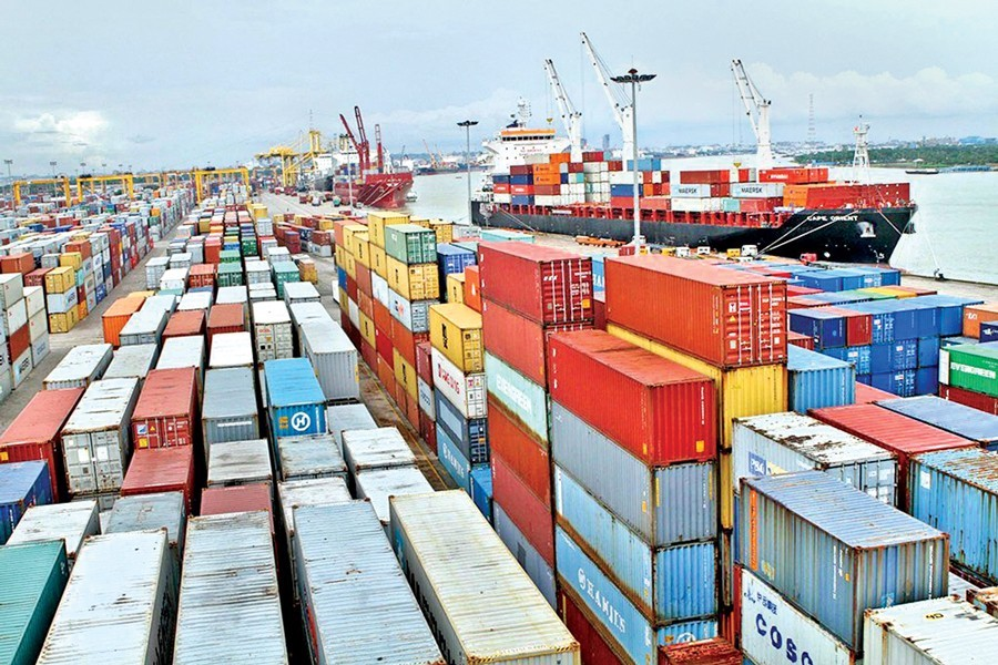 Govt to allow more off-dock facilities in Ctg port