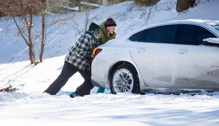 Texas weather: Temperatures plummet to 30-year lows, 70 dead