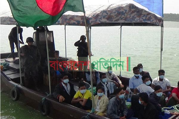 24 Bangladeshi nationals return from Myanmar after serving jail term