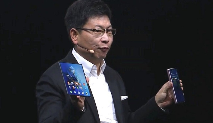 Huawei Mate X2 folding phone unveiled despite chip supply worries