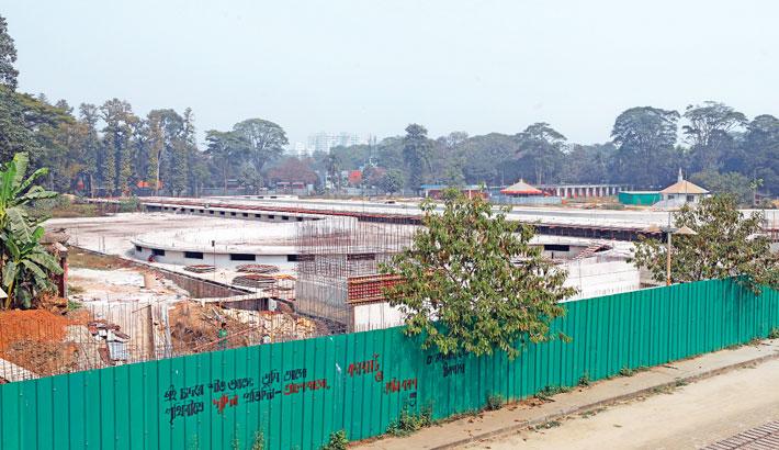 Construction of Swadhinata Stambha sees little progress