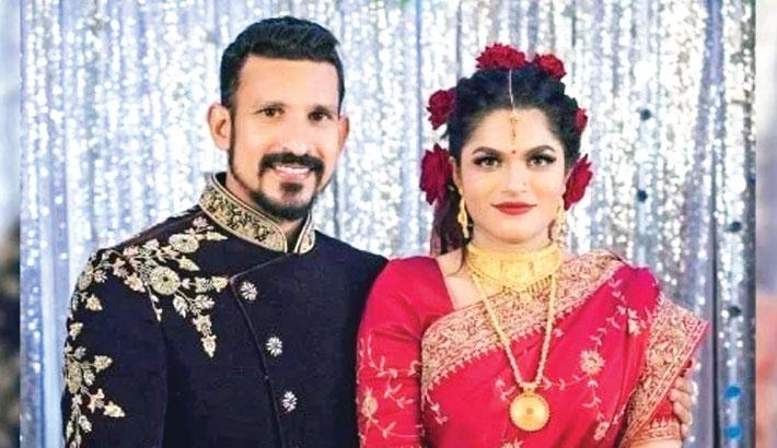 Cricketer Nasir, wife Tamima sued
