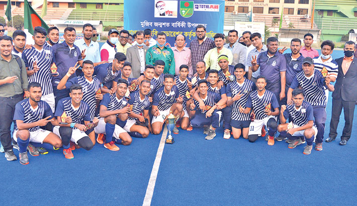 Navy retain title
