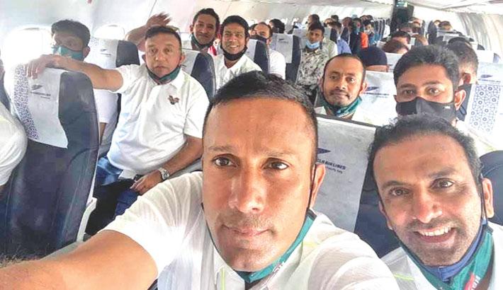 Bangladesh Legends leave for India