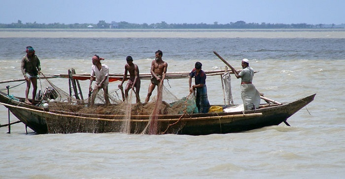 Fishing banned at Hilsa sanctuaries from March 1 to April 30