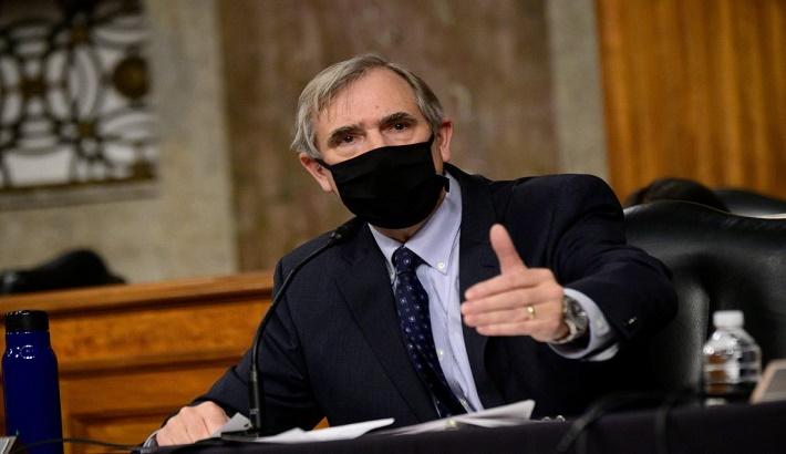 Senators revive bill to combat Chinese censorship of US companies