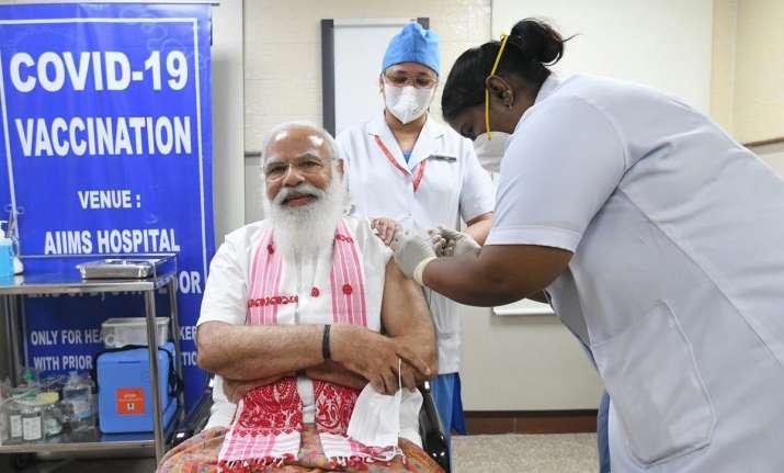 Modi takes first dose of COVID-19 vaccine