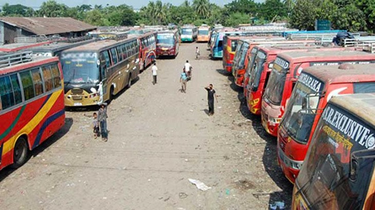 Owners' association suspends bus services in Rajshahi, people face sufferings