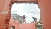 Eviction drive  at Laldiar  Char begins