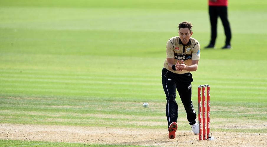 New Zealand opt to bowl first in third Australia T20