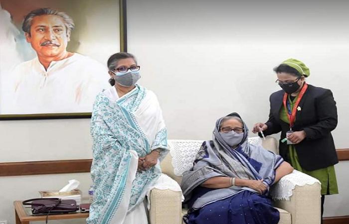 Prime Minister Sheikh Hasina vaccinated