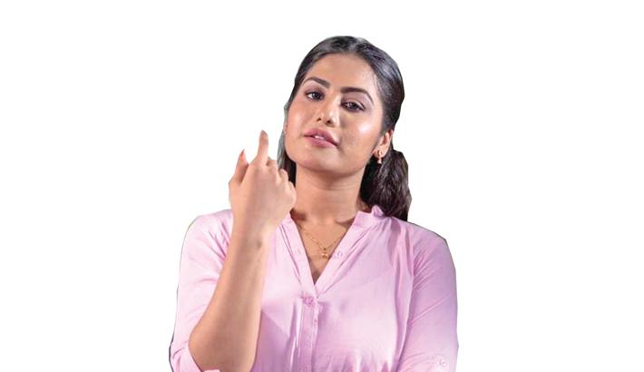 Arshi plays journalist in 'Banglar Darpan'