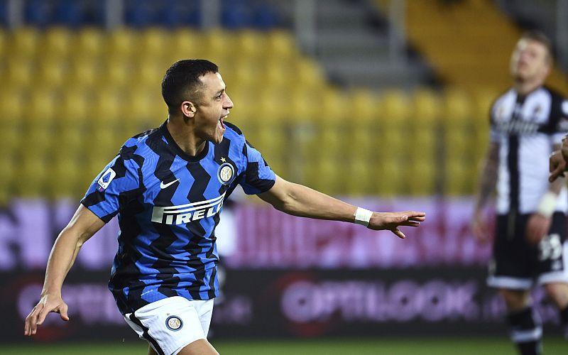 Sanchez brace sends Inter six-points clear