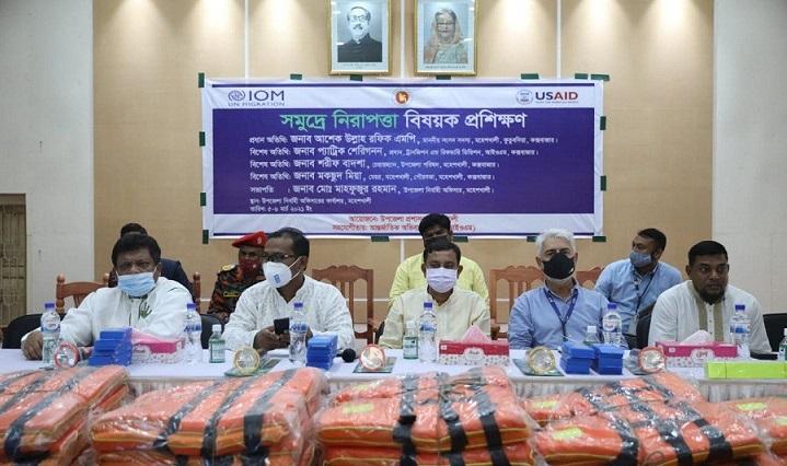 IOM, GoB Conduct Sea Safety Training for 200 Boatmen on Cox's Bazar – Moheshkhali Sea Route