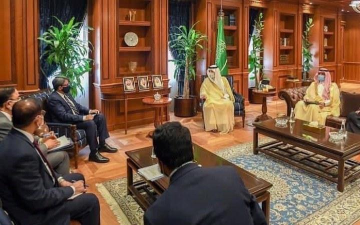 Shahriar holds bilateral talks with Saudi counterpart Adel Al-Jubeir