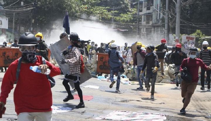 3 protesters shot dead in Myanmar as workers stage general strike