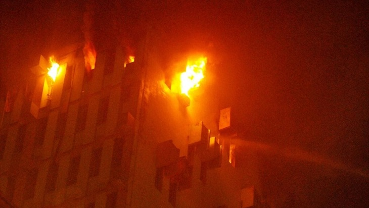 9 die in Kolkata highrise fire