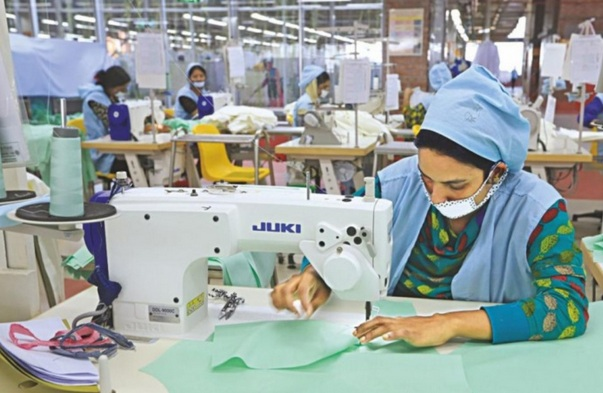 RMG sector needs to be bent on synthetic threads