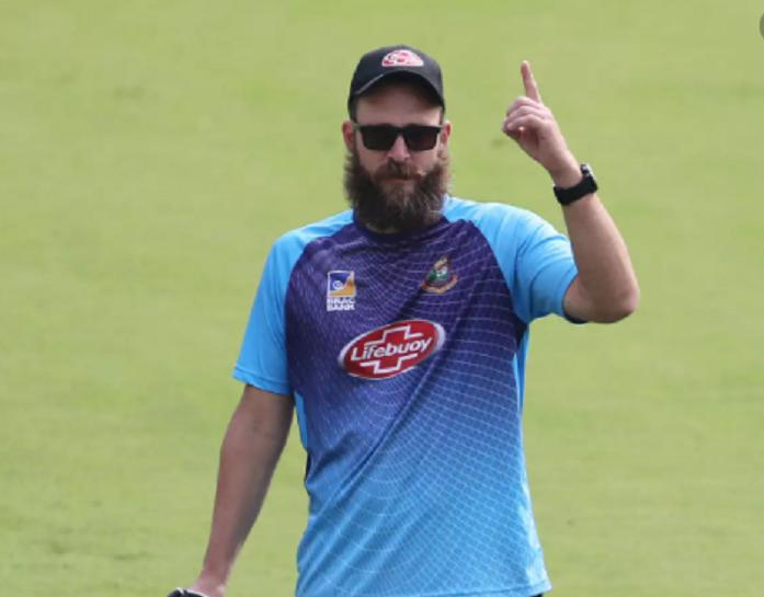 Vettori to join Bangladesh team Wednesday for New Zealand series