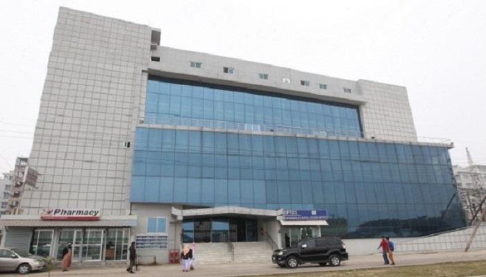World-class eye treatment in Bashundhara