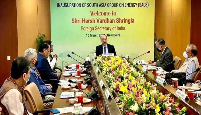 Dhaka, Delhi exploring cross-border R-LNG pipeline, terminal projects