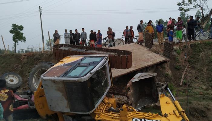 2 killed in Panchagarh road crash