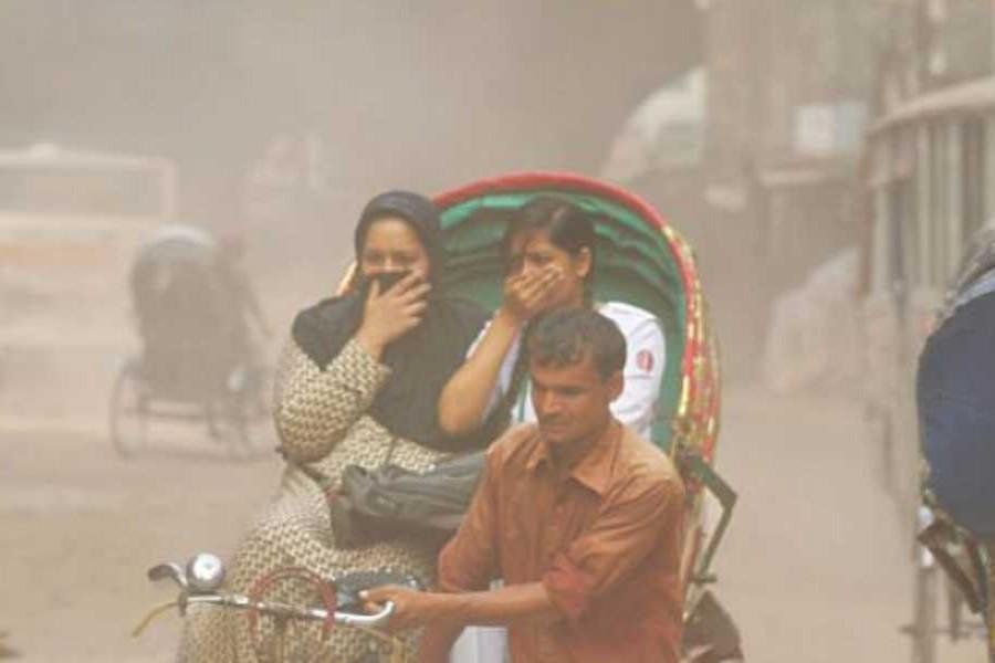 Dhaka's air quality still 'unhealthy'
