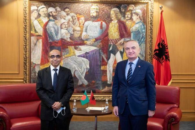 Bangladesh envoy presents credentials to Albania president