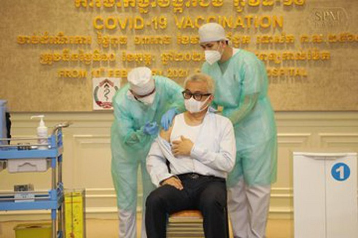 Cambodian leaders takes shot of India-made Covid-19 vaccine