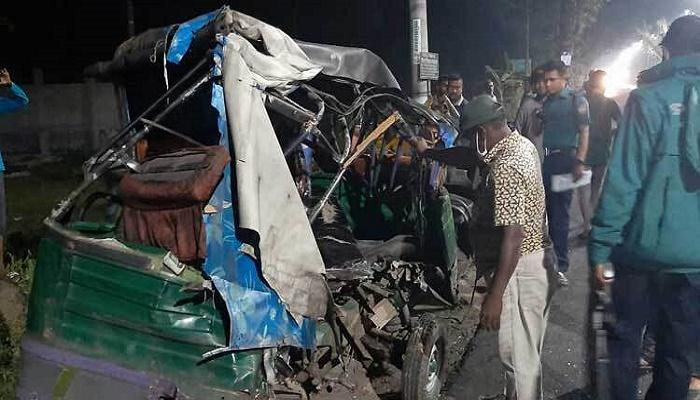 2 madrasa students killed in Barishal road crash
