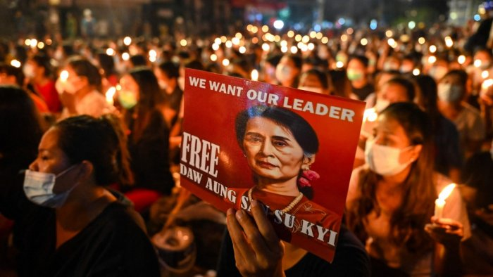Suu Kyi to face court after bloody day in Myanmar