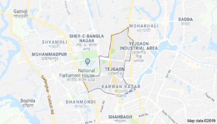 RMG workers block Tejgaon road to protest factory closure