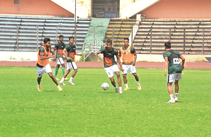 Footballers ready to face high altitude and cold test in Nepal