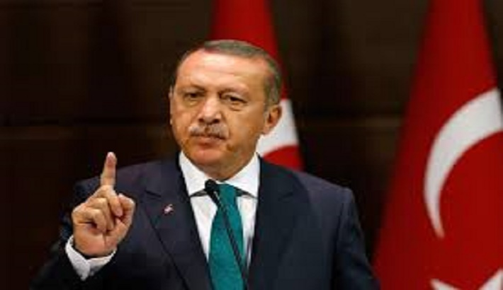 Isolated Erdogan seeks rapprochement with Egypt