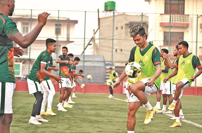 Bangladesh start training as goalkeeping coach joins team