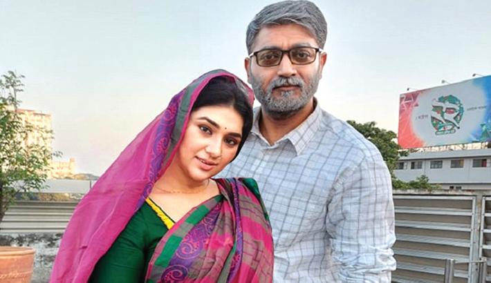 'Priyo Komla', 'Gontobbyo' hit cinemas today