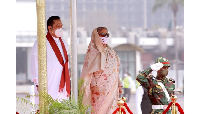 Lankan PM Rajapaksa euphoric about Bangladesh trip