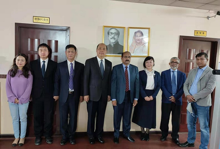 Yunnan CCPIT President calls on Consul General of Bangladesh in Kunming