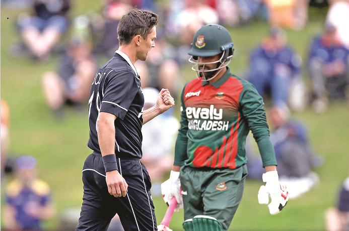 Tamim shoulders blame on batsmen