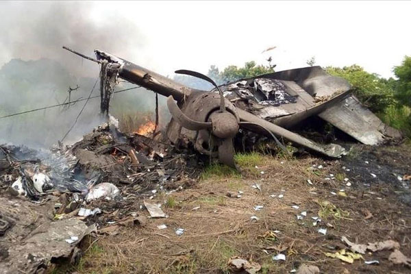 Two dead as plane crashes in Kenya