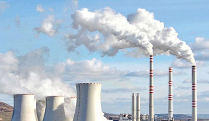 UK CO2 emissions halved since 1990